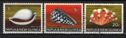 PAPUA NUOVA GUINEA - 1968 - Sea Shells - USATI - Papua Nuova Guinea
