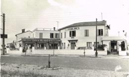 PYRENNEES ORIENTALES 66.LE BARCARES SUR MER HOTEL RESTAURANT LE CASA BLANCA R.ROCHER PROPRIETAIRE - Autres Communes