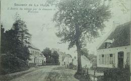 La Hulpe Entrée Du Village Par La Chaussée De Waterloo - La Hulpe
