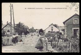 Cpa PORNICHET (44), Passage à Niveau Et Route De Cuy. Animation. Voir Description Bien Détaillée. - Pornichet