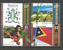 TIMOR YVERT NUM. 357/360 ** SERIE COMPLETA SIN FIJASELLOS - East Timor