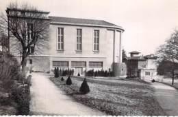 01 - TREVOUX : La Salle Des Fêtes - CPA - Ain - Trévoux