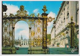 54 - NANCY - La Place Stanislas ... Grilles De Jean Lamour ... Fontaine D'Amphitrite ... - Ed. ESTEL N° 210-W - Nancy