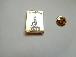 Beau Pin's En Zamac , Banque BNP , EuroDisney - Banche