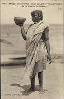 Cp Afrique Occidentale, Vallée Du Niger, Femme Foulbée De La Région Du Dhébo - Vestuarios