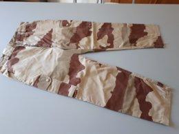 Pantalon Militaire Camouflée Desert 84 M Paul BOYE & - Uniforms