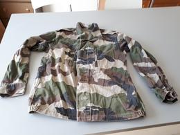 Veste De Treillis Camouflée Taille 96 M & - Uniformes