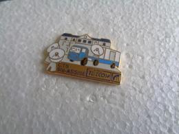 PIN'S 30578 - Pin's & Anstecknadeln