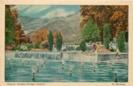 Inde - By D. Mordecal - Kashmir - Srinagar - Shalimar Gardens - India