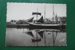 Saint Malo (ile Et Vilaine ) Terre Neuva Au Port  Carte Non écrite - Saint Malo