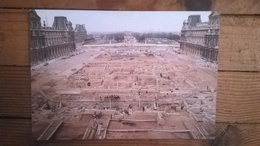 Carte Postale  /  PARIS Musée Du Louvre , Fouilles De La Cour Napoléon , Avant La Pyramide - Autres Monuments, édifices