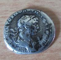 Monnaie Romaine - Denier Argent Trajan (53 - 117) - Revers : Mars Nu Et Casqué Marchant à Droite - 3. Les Antonins (96 à 192)