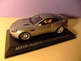 ASTON MARTIN V 12 VANQUISH 2003 - Carros