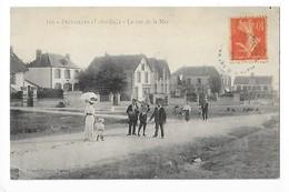 PREFAILLES  (cpa 44)  La Rue De La Mer   -  L 1 - Préfailles