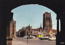 Veurne, ST Niklaas Toren, Citroën DS, VW Käfer, Coccinelle, Kever (pk60296) - Veurne