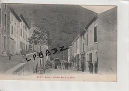 CPA - 11 - AXAT - Grande Rue Et La Poste - Animation - Axat