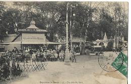 """CPA Animée  1900 / 54 NANCY / Exposition De Nancy, Un Coin Du Parc / Kiosque """"Au Planteur De CAÏFFA"""", Chocolat """"MENIER"""" - Nancy"""