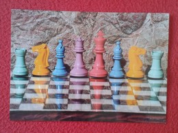 POSTAL POST CARD CARTE POSTALE DE AJEDREZ CHESS Échecs PIEZAS CON PARTIDA EN REVERSO GAME PIECES VER SLIWA GOTTARDI 1993 - Postales