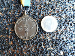 Médaille Gendarmes D'élite, Premier Empire, 3 Ans Saint-Roch Chatelet (Box 2) - Belgique