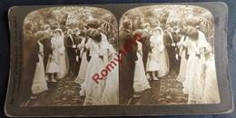 """Photo Stéréoscopique. Un Mariage. """"Les Félicitations""""  Couples, Mode. - Stereoscopic"""
