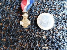 Médaille ???   (Box 2) - France