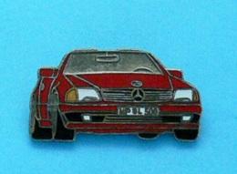 1 PIN'S //  ** MERCEDES-BENZ SL 500 CABRIOLET ** - Mercedes