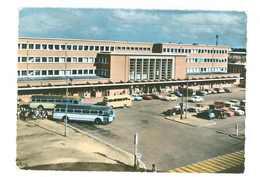 59 -- DOUAI -- LA GARE --  (automobiles - Autobus....) - Douai