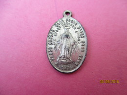 Médaille De Chaînette/ ND De LOURDES/ Aluminium/ Vers 1930-1950  CAN798 - Religion & Esotérisme