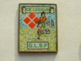PIN'S FOOTBALL - C.E LESIEUR - G.L.S.F - Fussball