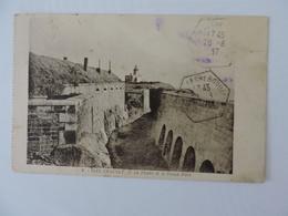 ILES CHAUSEY - Le Phare Et Le Vieux Port Ref 1301 - France