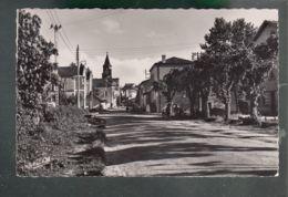 CP (47) Sainte-Livrade-sur-Lot  -  Rue Du Pont - France