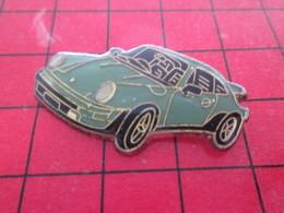 2417 Pin's Pins / Rare Et De Belle Qualité / THEME AUTOMOBILES : PORSCHE 911 BLEU OEUF DE CANARD - Porsche