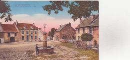 CPA - 5. LA COURTINE - Place De La Fontaine - La Courtine