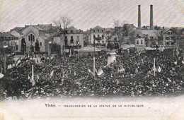 VICHY  Inauguration De La Statue De La Republique La Foule Recto Verso - Vichy