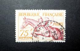 FRANCE 1953 N°965 OBL. (JEUX OLYMPIQUES D'HELSINKI 1952. HIPPISME. 75F ORANGE ET BRUN CARMINÉ) - Gebraucht