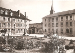 Cour D'honneur De L'hopital - Neufchateau