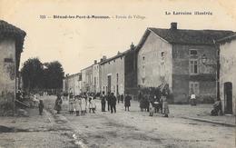 Blénod-les-Pont-à-Mousson (Meurthe-et-Moselle) - Entrée Du Village - Edition P. Helmlinger - Carte N° 323 Non Circulée - Francia