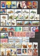 Australie - Lot 80 Timbres Neufs Et Obl. + 3 Carnets Voeux (tulipes) ** + 1 FDC - 1990-99 Elizabeth II