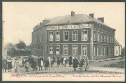 MOMIGNIES - Un Coin De La Grand Place Pensionant De Jeunes Filles Françaises Ed. J. Gerday Lemye  - 13890 - Momignies
