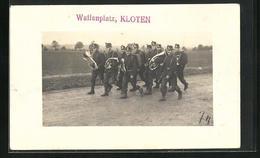 AK Kloten, Waffenplatz, Soldaten In Uniformen Mit Instrumenten - ZH Zurich