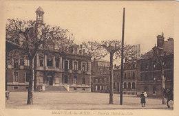 Cpa 2 Scans  ** 1918 **71 - MONTCEAU LES MINES - Place De L'hotel De Ville - Andere Gemeenten