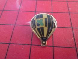 413A Pins Pin's  / Rare & Belle Qualité / THEME MONTGOLFIERES : BALLON LIBRE NOIR ET BLANC - Montgolfières