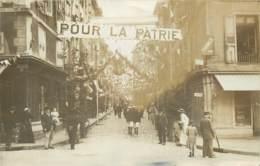 CARTE PHOTO LE PUY EN VELAY RUE SAINT GILLES JOUR DE FETE - Le Puy En Velay