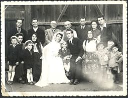 78759-WEDDING PHOTO, GROUP OF PEOPLE IN VINTAGE CLOTHES, BRIDE, GROOM, MARRIAGES - Marriages