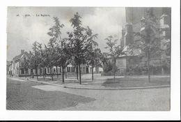 ATH  ( M 5116 )  Le Square Avec Vue Sur Dos De L'Eglise  St.Julien - Ath