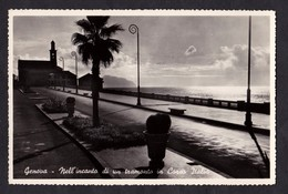 GENOVA - Nell'incanto Di Un Tramonto In Corso Italia - F/P - V: 1952 - Genova