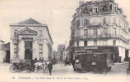 18 - BOURGES : La Place CUJAS Et L'ECOLE Des BEAUX ARTS ( Bon Plan De 2 Tramways ) - CPA  - Cher ( Berry ) - Bourges
