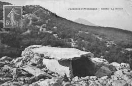 PIE.LOT CH -19-3660 : ARDECHE PITTORESQUE. BANNE. LE DOLMEN. - Dolmen & Menhirs