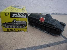 SOLIDO - CHAR AMX V.C.I 13 T Secours Bléssés Croix Rouge Made In France Ref. 227 échelle 1:50 Blindé Métal @ No China ! - Chars