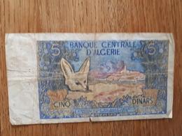 Lot De 3 Billets Algériens 1x5 Et 2x10 Dinars - Algerien